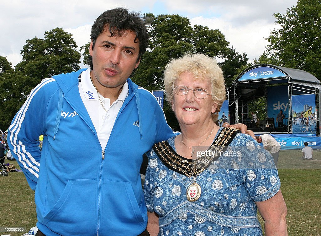 Multi-Michelin starred chef, Jean-Christophe Novelli poses for a photo with Mayor of Southampton, Councillor Carol Cunio during SkyRide Southampton, on July 25, 2010 in Southampton, England. Thousands of participants enjoyed the city's finest sights on traffic-free streets as they took part in SkyRide Southampton, a free, fun family orientated traffic-free mass participation cycling event.