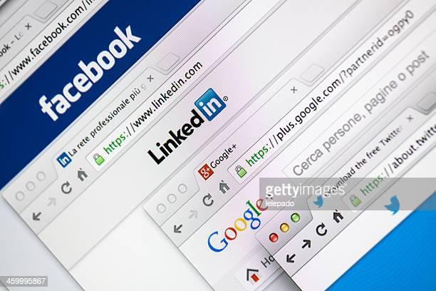 Plusieurs réseaux sociaux Pages Web de bienvenue
