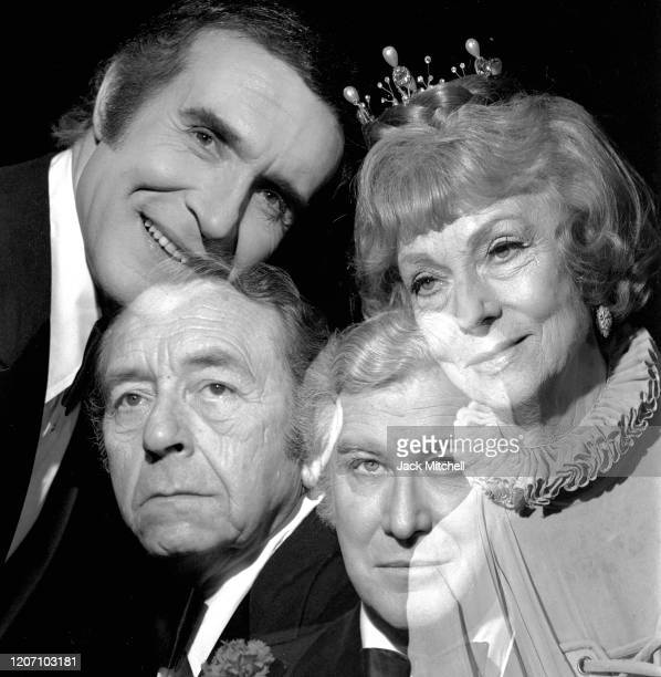 Multipleexpose view of the cast of 'Don Juan in Hell' on Broadway New York New York January 1973 Pictured are Ricardo Montalban Agnes Moorehead Paul...