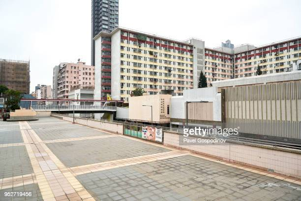 multi-storey buildings in shek kip mei area in new kowloon, hong kong, where mostly immigrant population live - neo classical stock pictures, royalty-free photos & images