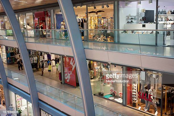 multistorey shopping center - shopping mall stock pictures, royalty-free photos & images