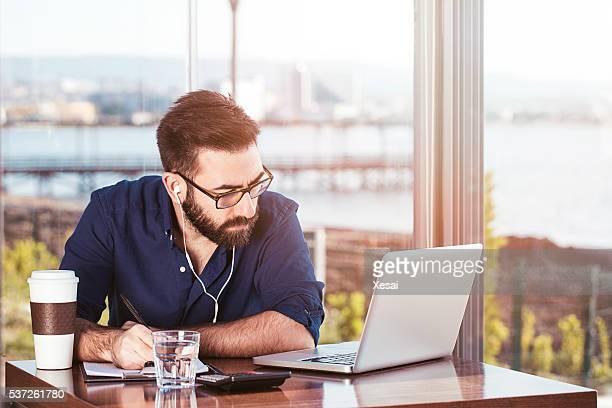 Multitasking Uomo d'affari