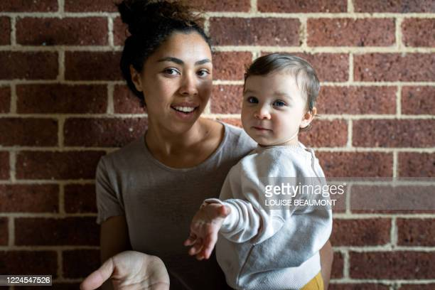 mum and daughter at home - real people stock pictures, royalty-free photos & images