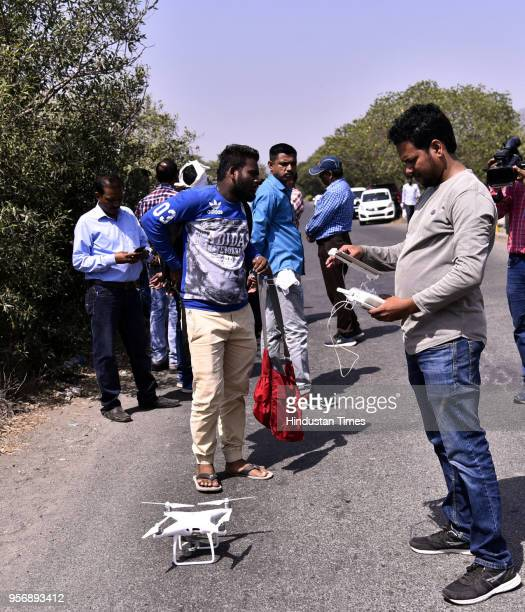 Mumbai Crime Branch conducts search operation with drone to locate the body of Kirti Vyas at Wadala Khadi on May 9 2018 in Mumbai India Two days...