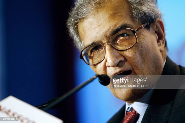 FILES Picture taken 07 February 2007 shows Nobel laureate Amartya Sen speaking at the India Leadership Forum 2007 summit in the Indian city of Mumbai...