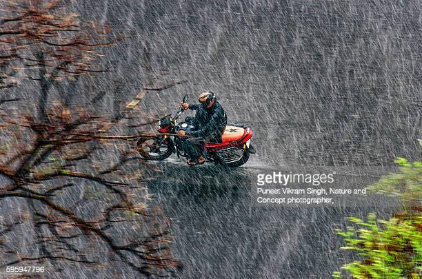 mumbai rain - torrential rain stock pictures, royalty-free photos & images