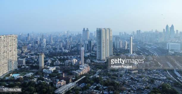 mumbai skyline - mumbai stock-fotos und bilder