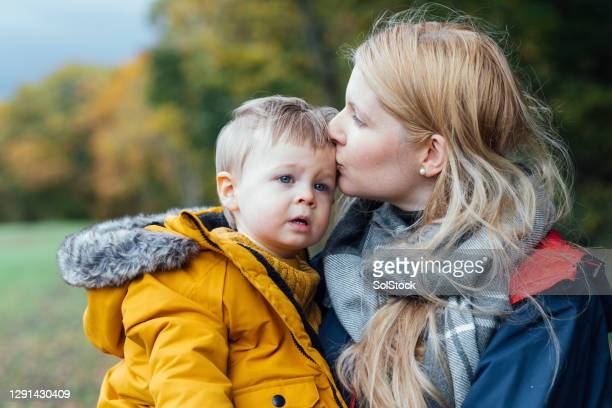 mummy's prince - babyhood stock pictures, royalty-free photos & images