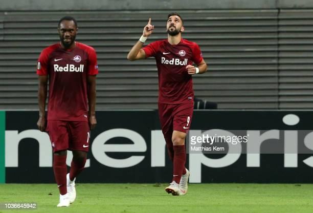 Munas Dabbur of Salzburg jubilates after scoring the first goal during the UEFA Europa League Group B match between RB Leipzig and FC Salzburg at Red...