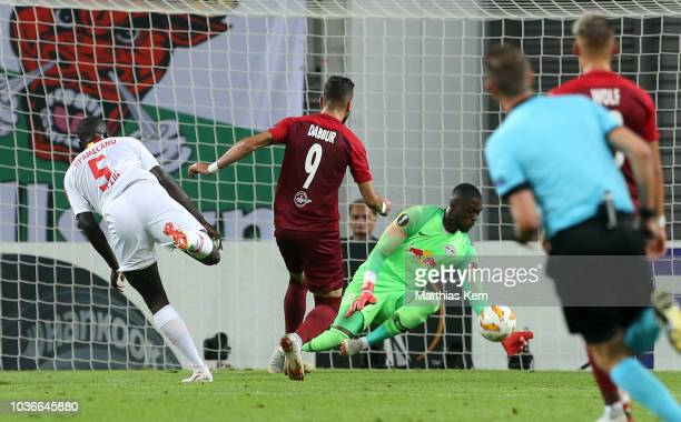 Munas Dabbur of Salzburg scores the first goal during the UEFA Europa League Group B match between RB Leipzig and FC Salzburg at Red Bull Arena on...