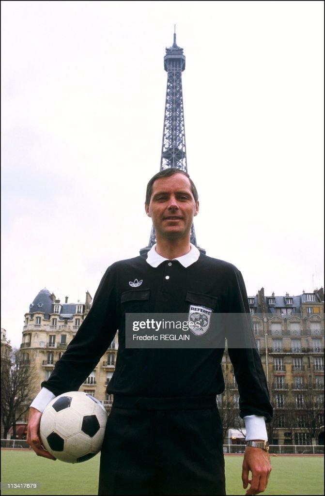 Mundial / Joel Quiniou, Arbiter French On April 14th, 1986 In Paris,France : News Photo