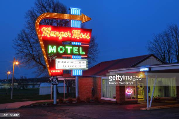 Munger Moss Motel on Route 66 at night