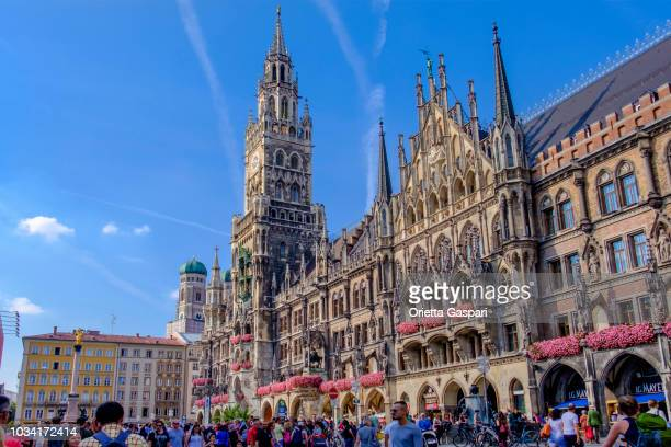 munich, marienplatz & neue rathaus (bavaria, germany) - new town hall munich stock pictures, royalty-free photos & images