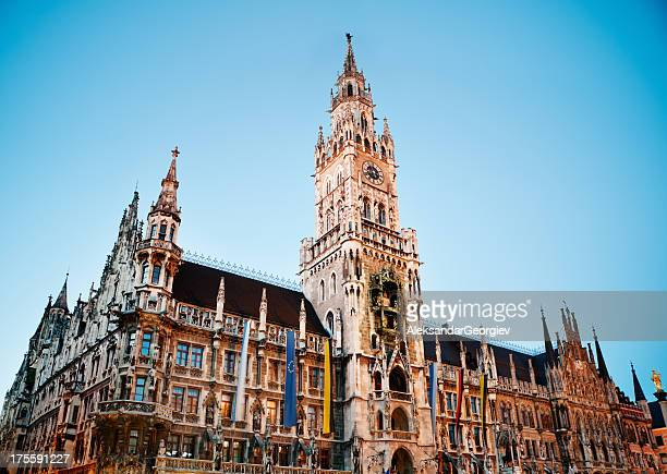 munich new city hall at night - new town hall munich stock pictures, royalty-free photos & images