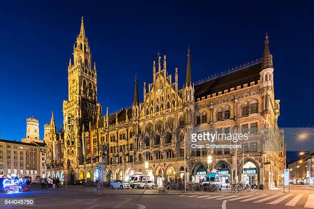 munich new town hall (neues rathaus) - new town hall munich stock pictures, royalty-free photos & images