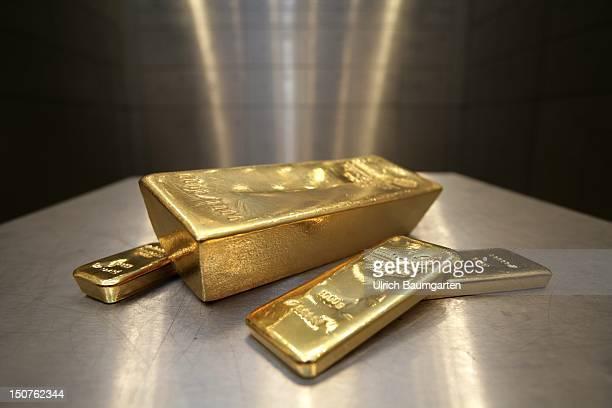 GERMANY Munich pro aurum gold house Munich 125 Kg 1000g and 500g gold bullion in the vault