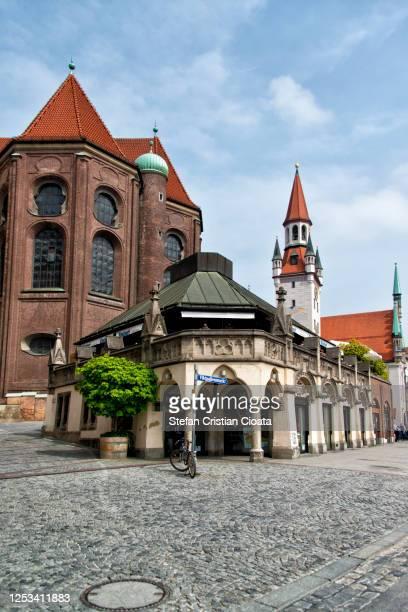 munich viktualienmarkt, germany, europe - marienplatz stock pictures, royalty-free photos & images