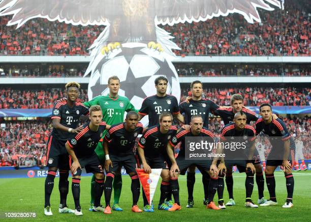 Munich's team lineup prior to the UEFA Champions League quarterfinal second leg soccer match between SL Benfica and FC Bayern Munich at Estadio da...