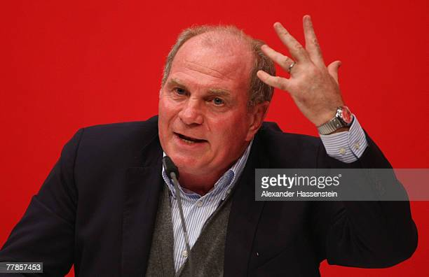 Munichs Ulli Hoeness speaks to the audience during the Bayern Munich General Annual Meeting at the Nockherberg on November 12 2007 in Munich Germany