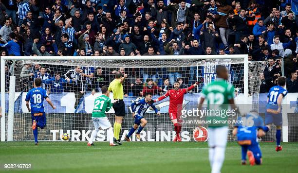 Munir El Haddadi of Deportivo Alaves celebrates after scoring the opening goal during the La Liga match between Deportivo Alaves and Club Deportivo...
