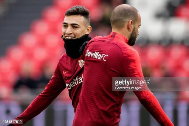 Munir of Sevilla FC Aleix Vidal of Sevilla FC during the La Liga Santander match between Athletic de Bilbao v Sevilla at the Estadio San Mames on...