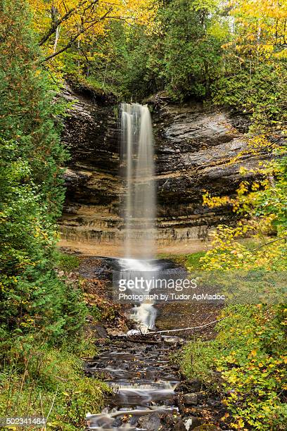 munising falls - munising michigan stock pictures, royalty-free photos & images