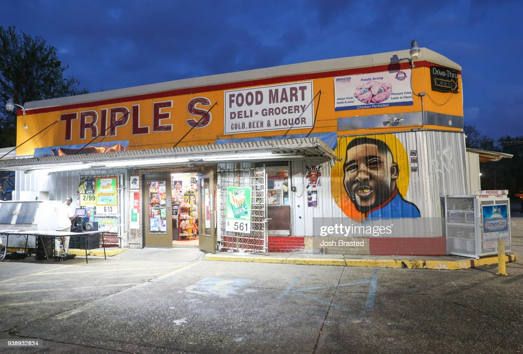 Baton Rouge Police Officers In Alton Sterling Case Will Not Be Charged In Killing : News Photo