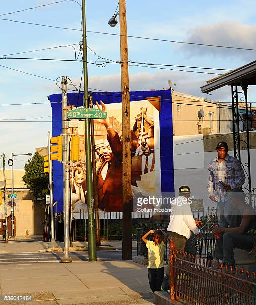 mural in philadelphia - black history in the us stock pictures, royalty-free photos & images