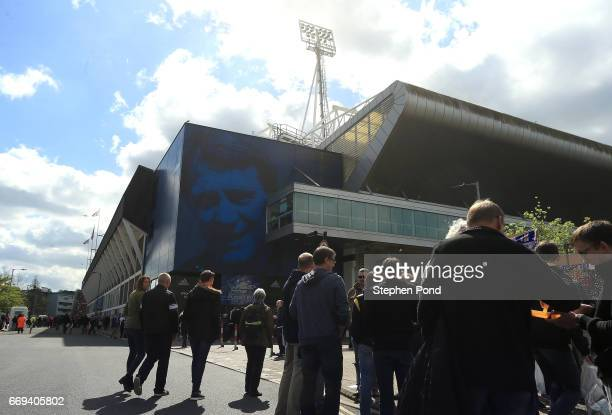 A mural of former Ipswich Town and Newcastle United Manager Sir Bobby Robson is seen ahead of the Sky Bet Championship match between Ipswich Town and...