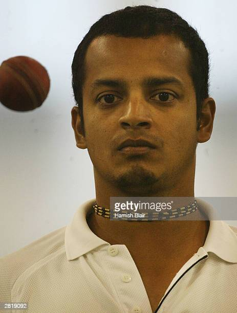 Murali Kartik of India in action during training in the indoors nets on December 18, 2003 at Bellerive Oval in Hobart, Australia.