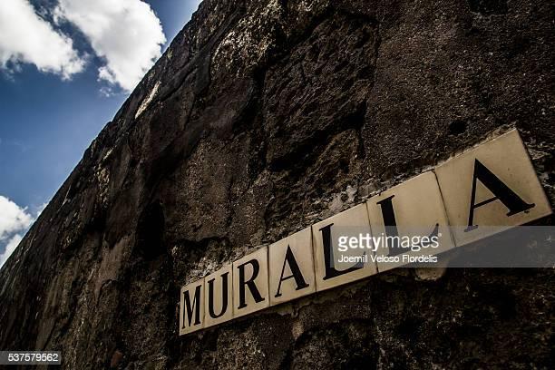 muralla, intramuros, manila, metro manila, philippines - joemill flordelis stock pictures, royalty-free photos & images