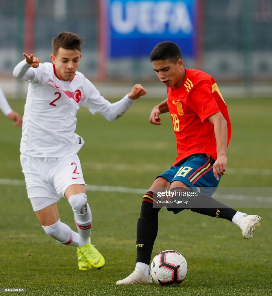 Turkey v Spain: Aegean Cup U16 : News Photo