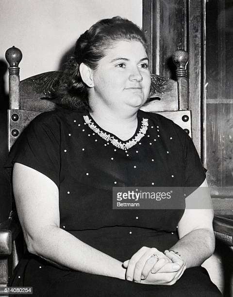"Murderer Martha Beck sitting in a Michigan courthouse in 1949 following her arraignment with murderer Raymond Martinez Fernandez in the ""lonely..."
