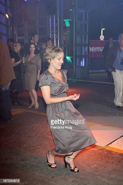 Muriel Baumeister Tanzt Bei Der Verleihung Der Shocking Shorts Awards Beim Filmfest München
