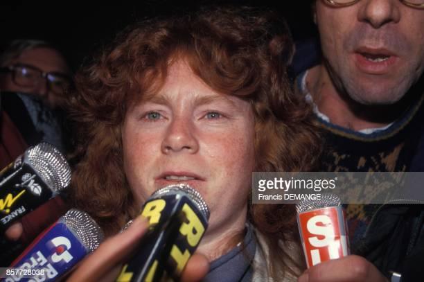 Muriel Bolle arrive au proces de JeanMarie Villemin qui repond du meurtre de Bernard Laroche en decembre 1993 a Dijon France