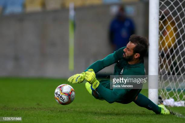 Muriel of Fluminense makes a save during the penalty shootout during the match between Flamengo and Fluminense as part of the Taca Rio the Second Leg...