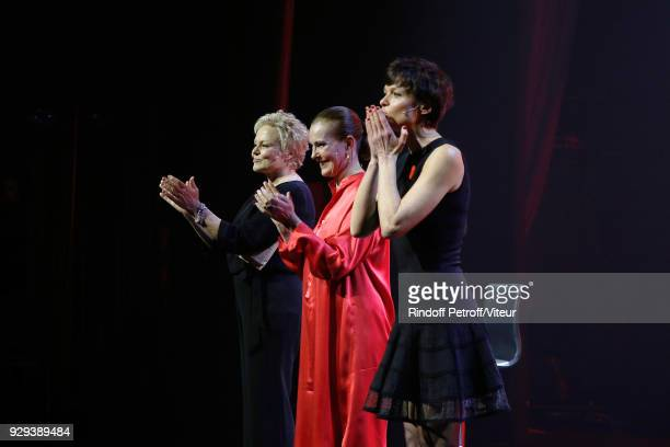 Muriel Robin Carole Bouquet and Anne Le Nen attend 'Les Monologues du Vagin' during 'Paroles Citoyennes 10 shows to wonder about the society' at...