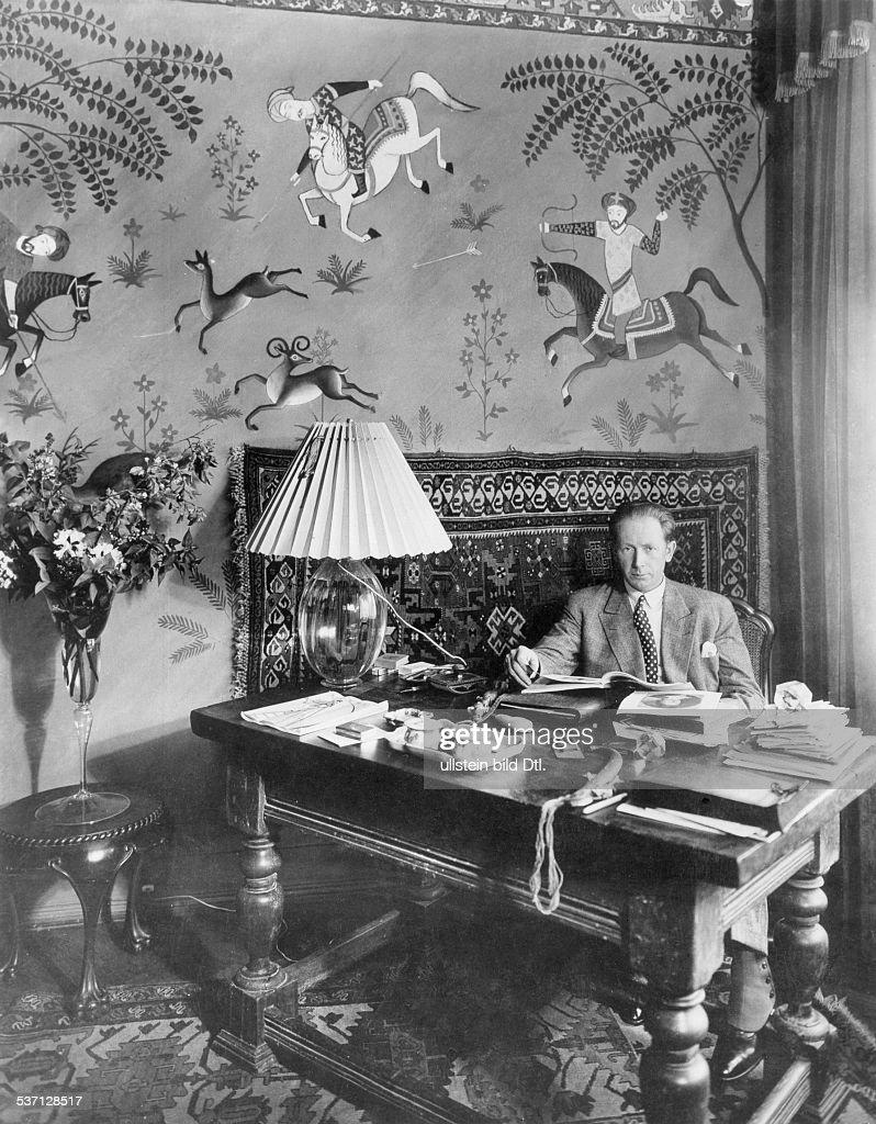 Murnau, Friedrich Wilhelm - Film director, Germany -   (*28.12.1888-11.03.1931+) : Nachrichtenfoto