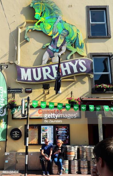 murphy's welcome inn, in cork, ireland - guinness stock pictures, royalty-free photos & images