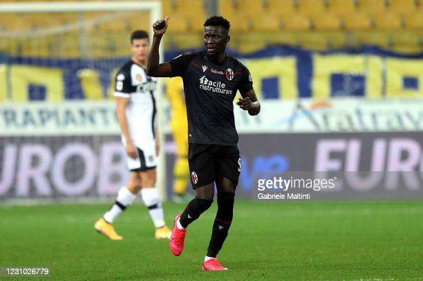 Musa Barrow of Bologna FC celebrates after scoring a goal during the Serie A match between Parma Calcio and Bologna FC at Stadio Ennio Tardini on...