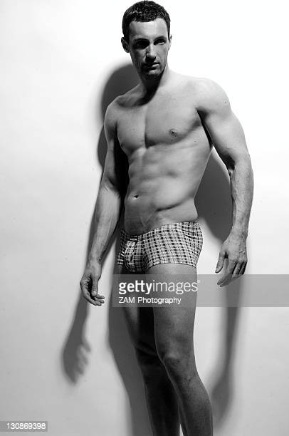 muscular, athletic man, body shot - ragazzi fighi nudi foto e immagini stock