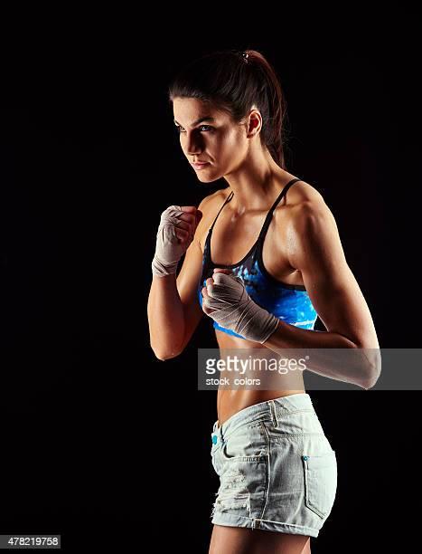 筋肉の格闘家のポートレート