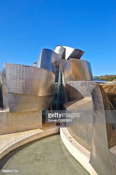 Musée Guggenheim ouvert en 1997 de l'architecte américano-canadien Frank Gehry à Bilbao, Pays Basque, Espagne.