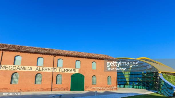 mef - museo enzo ferrari (emilia-romagna, italy) - modena stock pictures, royalty-free photos & images