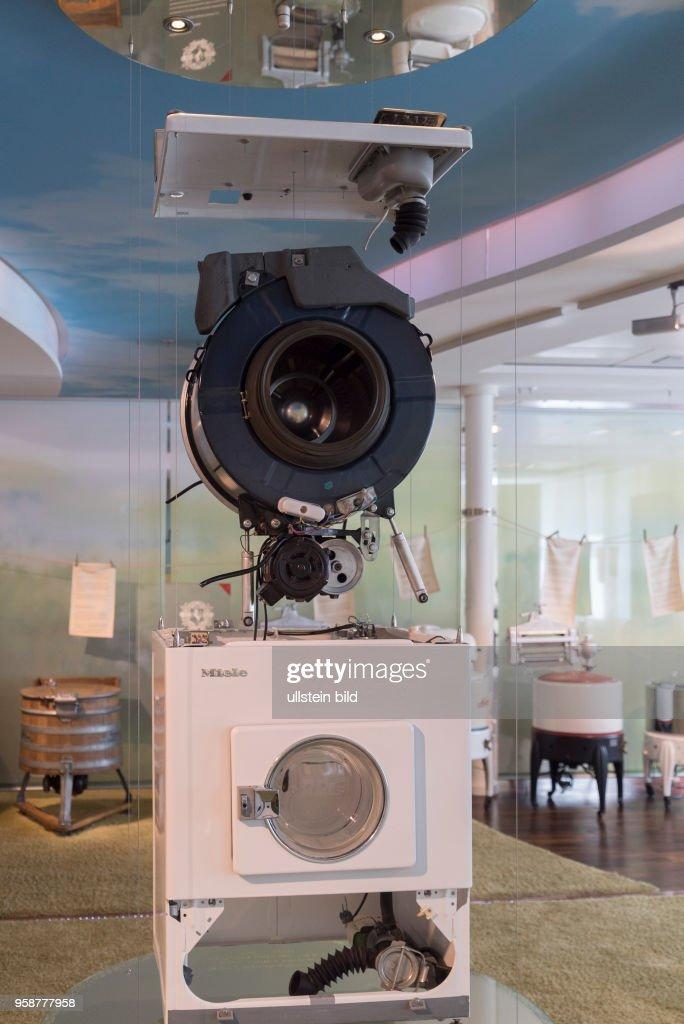 Museum Des Unternehmens Miele Am Hauptsitz In Gütersloh Explosionsmodell  Einer Waschmaschine