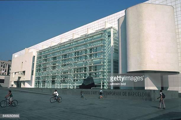 Museum für zeitgenössische Kunst- 1999