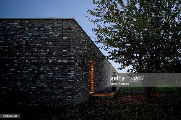 Museum Insel Hombroich Alvaro Siza Rudolf Finsterwalder Neuss 2008 Oblique Exterior Elevation Of Brick Wall Facade At Dusk Neuss Museum Architect2008