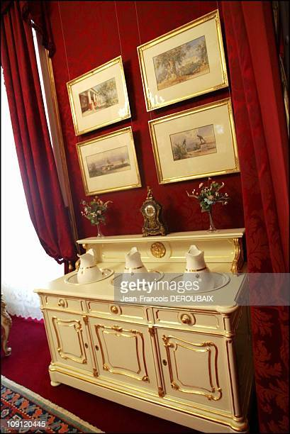 Museum Is Devoted To Empress Sissi In Hofburg Palace On May 1 2004 In Vienna Austria Small Lounge In Which Sissi Used To Wash Up Using Vienna...