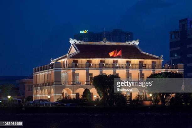 museu da história revolucionária em ho chi minh city - gwengoat - fotografias e filmes do acervo