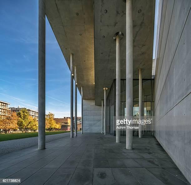 """museum """"pinakothek der moderne"""", munich, bavaria, germany - achim thomae stock-fotos und bilder"""
